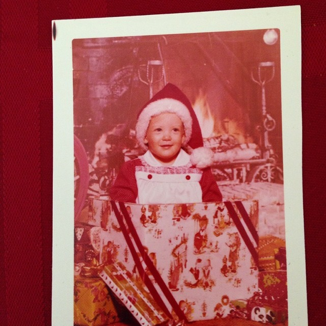 Guess who! 😜 #vintage #christmas #photos #1970s #kidinabox #iwassocute